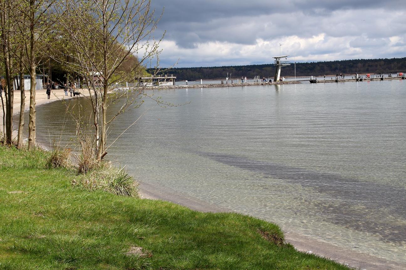 Müritz-Strand mit Bootssteg